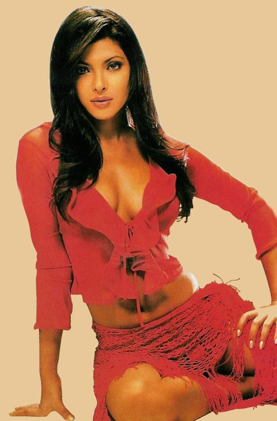 Priyanka Chopra Open Boobs Sexy Photo