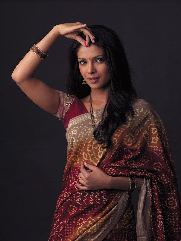 priyanka in saree image search - 63.2KB