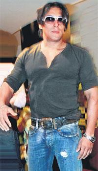 Salman Khan Tere Naam Hair Style Pic Super Cool Salman