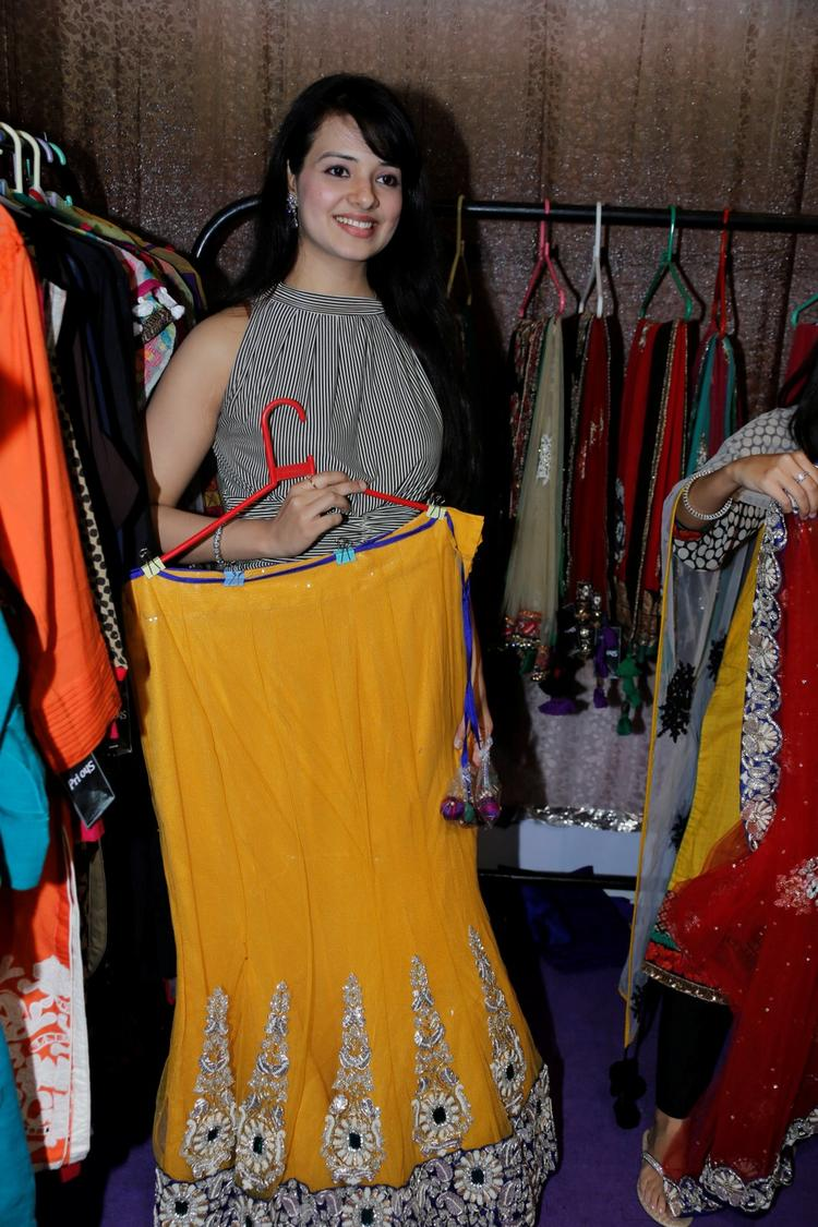Saloni At Khwaish Exhibition N Sale Launch Stills