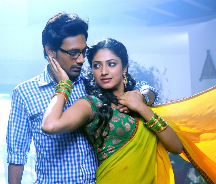 Varun And Haripriya Romance Scene Photo Telugu Movie Abbai Class Ammai Mass