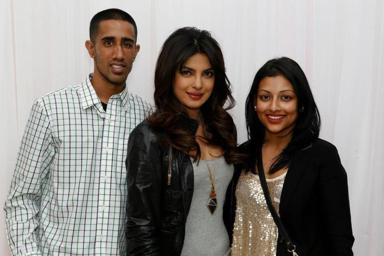 Smiling Priyanka Chopra With Fans At Bramalea City Center