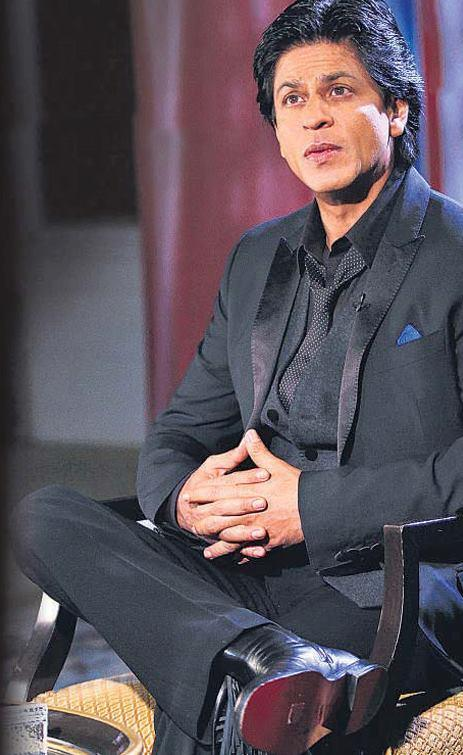 Shahrukh Khan Nice Look Still During Hindustan Times Interview