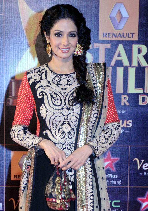 Sridevi Glamour Look At 8th Renault Star Guild Awards 2013 ...