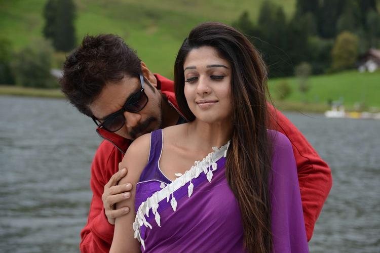 Nagarjuna And Nayantara Hot Expression Photo Still In Kissing From ...