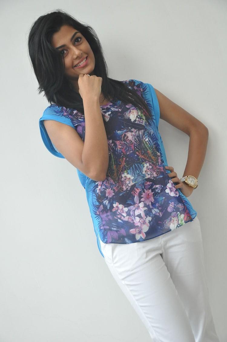 Actress Anisha Ambrose Grace's The Event Pressmeet Of Areyrey