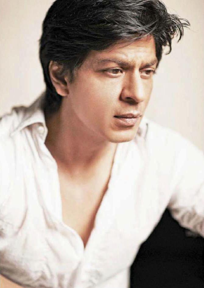 Bollywood King Shahrukh Khan Handsome Look Photo Still
