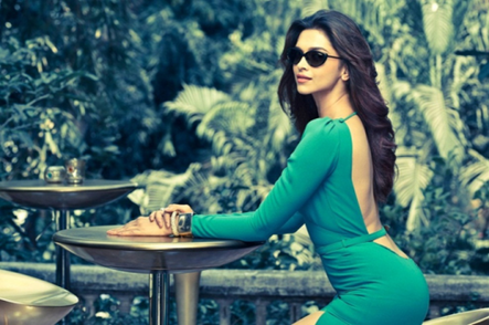 Sizzling Deepika Padukone Hot Back Bare Still In Green Dress For Vogue 2013
