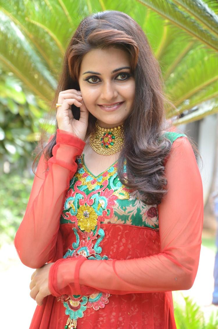 Mano Chitram Sizzling Pic At The Launch Event Of Malligadu Marriage Bureau