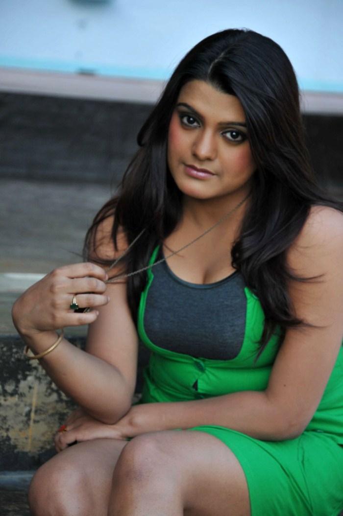 Tashu Kaushik Hot Look Photo Still