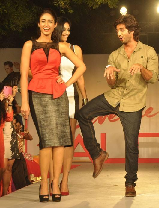 Ileana And Shahid Graced On Ramp At Aldo Fashion Show 2013