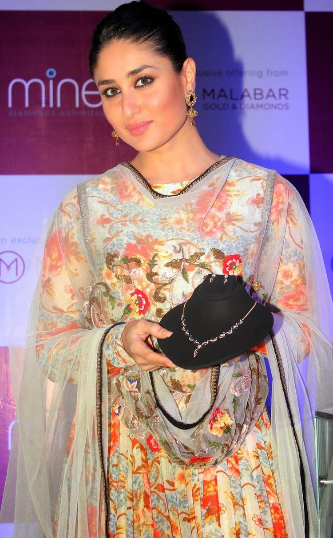 Kareena Kapoor Launches Malabar Gold And Diamond Diwali Collection