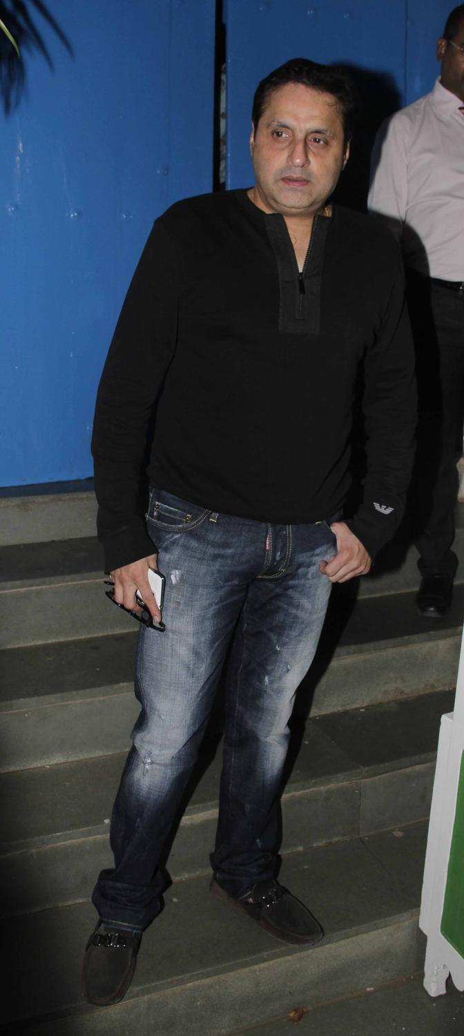 Sunil Lulla Snapped At Fanny Fernandes Movie Completion Bash