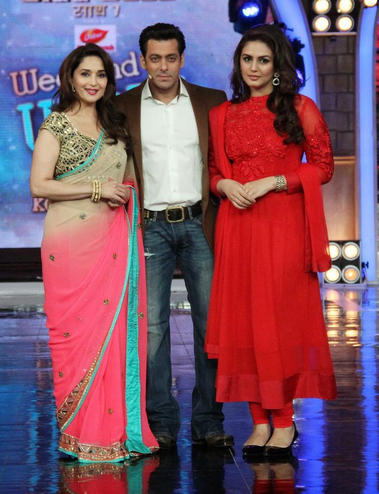 Madhuri And Huma Promote Dedh Ishqiya On The Sets Of Bigg Boss 7
