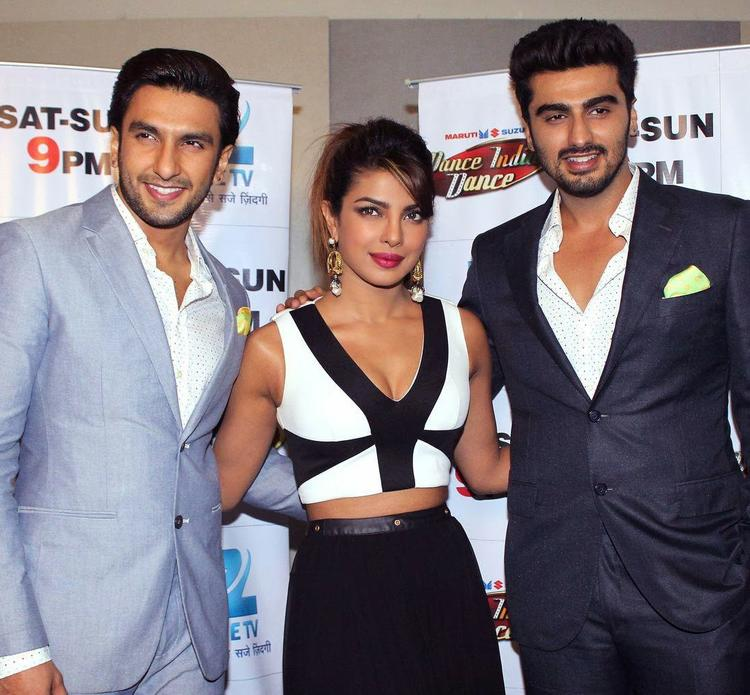 Ranveer,Priyanka And Arjun Arrive At The Sets Of Zee TV's DID For Gunday Promote