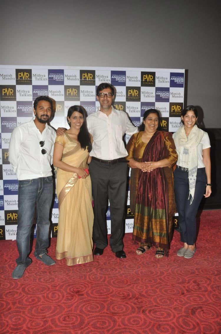 Team Of Film Ankhon Dekhi Posing Together At The Theatrical Trailer Launch In Mumbai