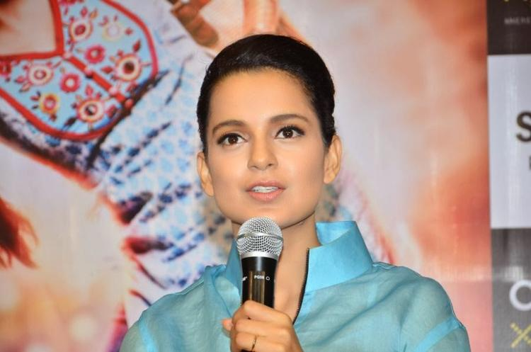 Kangana Ranaut Promotes Her Upcoming Flick Queen At Reliance Digital Express Store, Prabhadevi, Mumbai