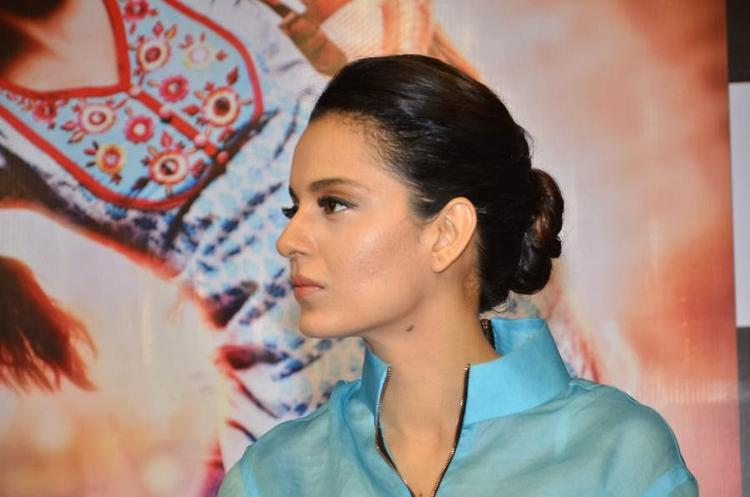 Kangana Ranaut Side Look Nice Still During The Promotion Of Queen At Reliance Digital Express Store, Prabhadevi, Mumbai