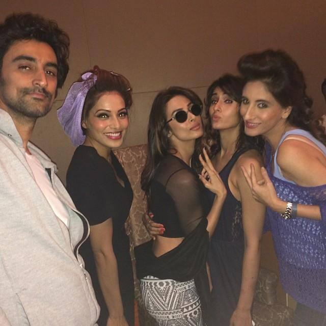 Backstage Photos From The Swades Fundraiser 2014