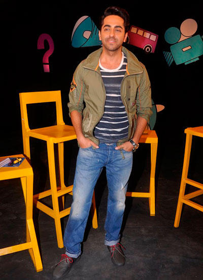 Ayushmann Khurrana Smart Look On The Sets Of Captain Tiao Show