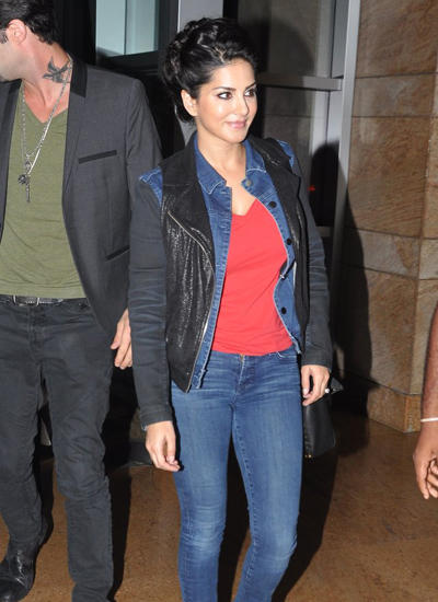 Sunny Leone Snapped With Hubby Daniel Weber At Suburban Hotel