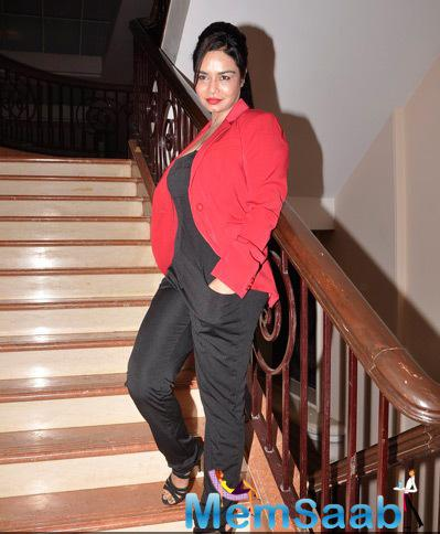 Kavitta Verma Hot Look During Charity Gala Dinner By Chip