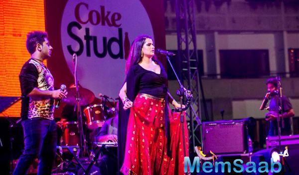 Sona Mohapatra Performs At IIM In Bangalore