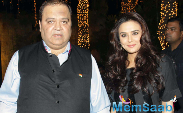 Stars At Producer Kishor And Pooja Dingra Son Aakash Dingra Birthday Bash