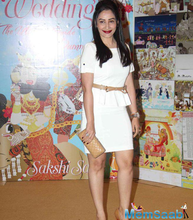 Celebs Attend Sakshi Salve Book Launch Event