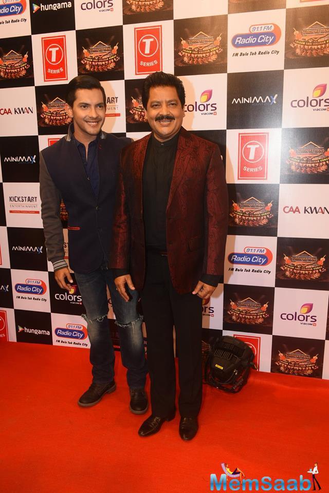 Aditya Narayan Posed With Father Udit Narayan At Suron Ke Rang Color Ke Sang Musical Event