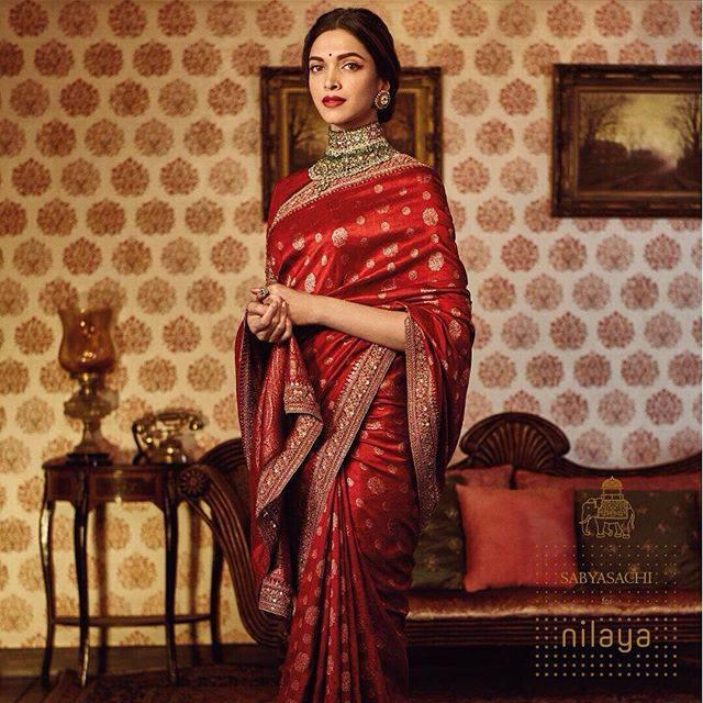 Deepika Padukone Looks Stunning In The Red And Golden ...