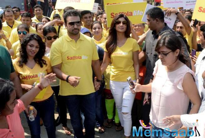 Shilpa And Raj Kundra Support World Heart Day