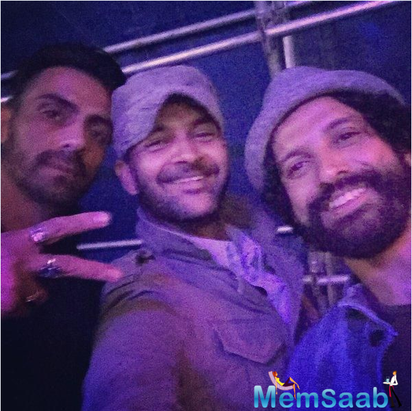 Farhan Akhtar along with his co-stars Arjun Rampal and Purab Kohli were spotted on location of their film Rock On!! 2