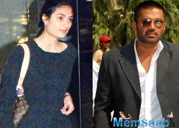 Suniel Shetty: Good to see the patient choices you are making on Athiya's professional choices