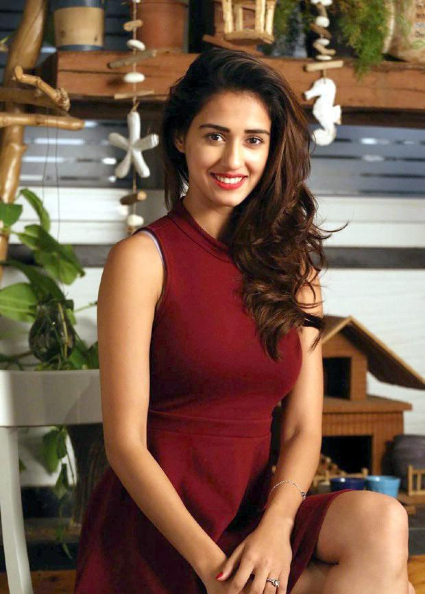 No one can deny that Disha Patani has enthralled one and wholly with her vivacious looks and childlike smile.