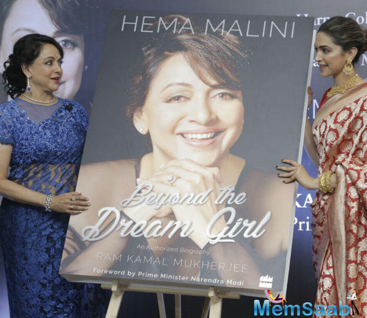 This is the happiest day of my life: Dream girl Hema Malini at her biography launch
