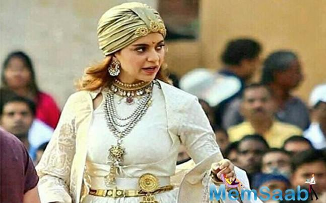 Again Kangana Ranaut injures herself on the sets of Manikarnika