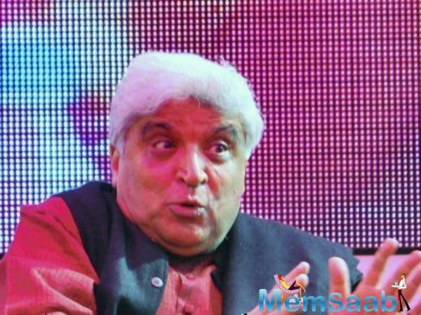 After Sonu Nigam, Javed Akhtar speaks against use of loudspeakers at religious places