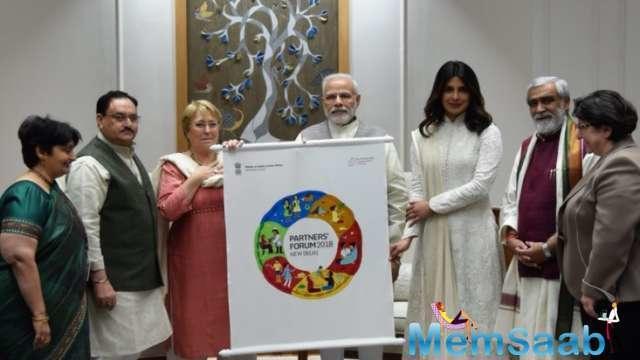 Priyanka Chopra meets Narendra Modi in Delhi, invites him for Partners' Forum