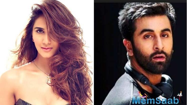 Vaani Kapoor to play lead opposite Ranbir Kapoor in Shamshera