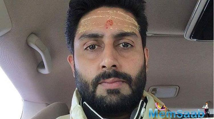 Manmarziyaan star Abhishek Bachchan visits the golden temple