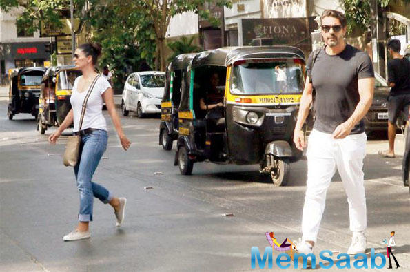 Arjun Rampal visits bank with ex-wife Mehr Jesia, maintain distance