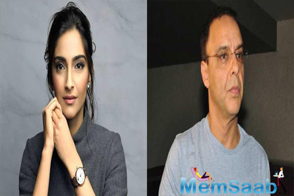 Vidhu Vinod Chopra clarifies Sonam Kapoor was the first actor on-board for 'Ek Ladki Ko Dekha To Aisa Laga'