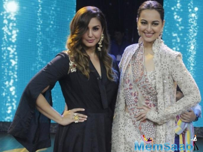 Sonakshi Sinha and Huma Qureshi have become quite the besties over time.