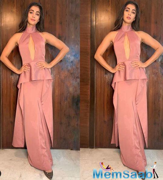 Pooja Hegde allots bulk dates for Sajid Nadiadwala's Next?
