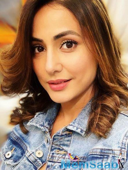 On the small screen, Hina was last seen playing the antagonist Komolika in 'Kasautii Zindagii Kay 2'.