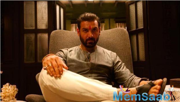 'Mumbai Saga': John Abraham looks intense in the first look poster
