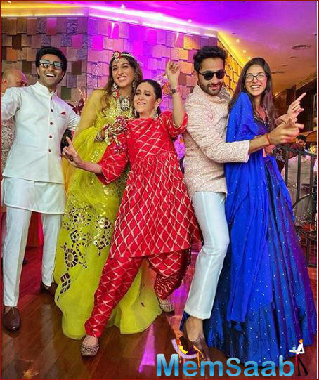 Armaan is the son of Randhir's sister Rima Jain and her husband Manoj Jain. His brother Aadar Jain is an actor who made his debut with YRF's Qaidi Band in 2017.