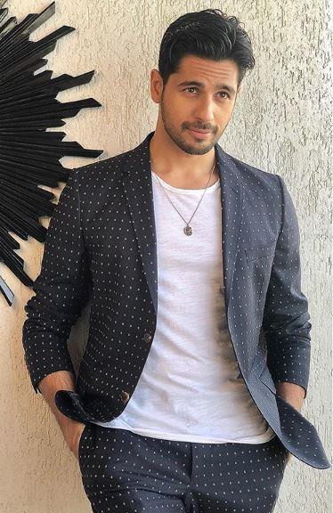 Sidharth Malhotra to play double role for the first time in Hindi remake of Thadam