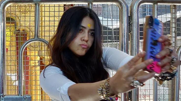 Ekta Kapoor takes up Safe Hands challenge with ornaments